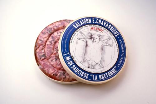 Emmanuel-Chavassieux-Salaison-Coutellerie-boutique-cuire-1m-boite-ouverte-saucisse-algues-bretonne