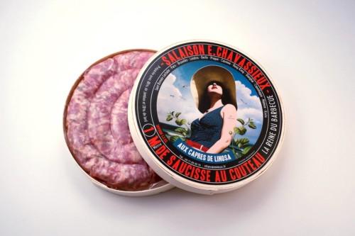 Emmanuel-Chavassieux-Salaison-Coutellerie-boutique-cuire-1m-boite-ouverte-saucisse-capres-linosa