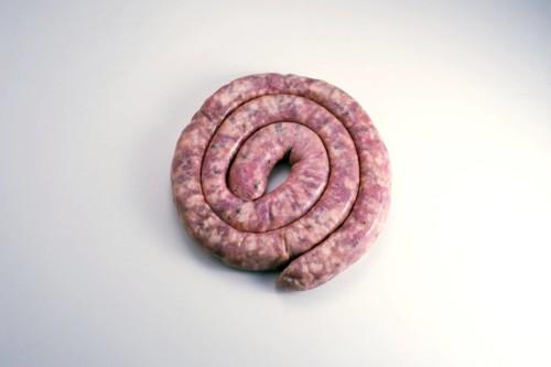 Emmanuel-Chavassieux-Salaison-Coutellerie-boutique-cuire-1m-saucisse-calabraise
