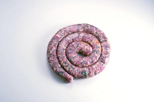 Emmanuel-Chavassieux-Salaison-Coutellerie-boutique-cuire-1m-saucisse-graines-cochon