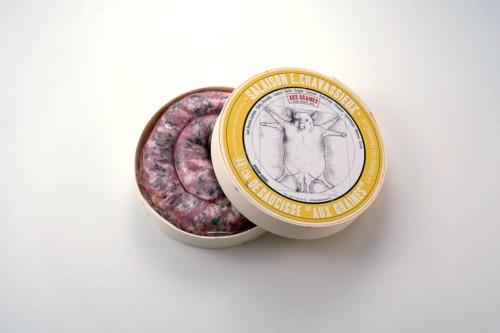 Emmanuel-Chavassieux-Salaison-Coutellerie-boutique-cuire-48cm-boite-ouverte-saucisse-graines-cochon