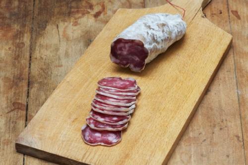 Emmanuel-Chavassieux-Salaison-Coutellerie-boutique-sec-saucisson-nature-le-classique-tranches